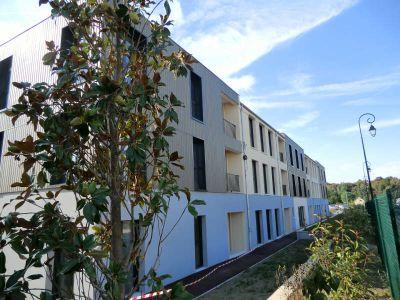 BUREAU - Lot 1-11 LA CHAPELLE EN SERVAL - 72.5 m2
