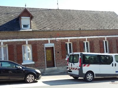 10  MN  de Saint-Quentin   Maison de village  individuelle  81 M