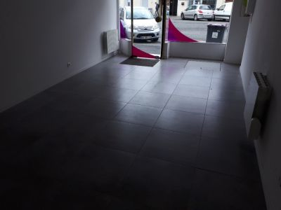 Local commercial Saint Quentin 1 pièce(s) 59 m2