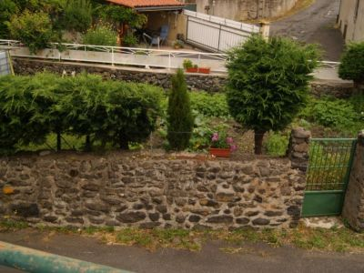Maison de bourg 52m2 avec jardin 100m2 Le Monastier