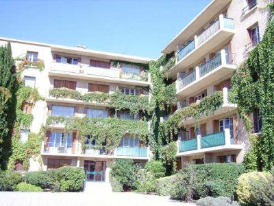 Aix En Provence - 1 pièce(s) - 14.41 m2 - 3ème étage
