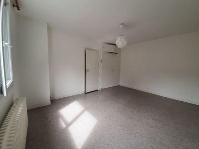 APPARTEMENT AUBIGNY SUR NERE - 1 pièce(s) - 25 m2