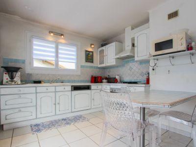 Maison / 3 appartements - Calme et Lumineux - 210 m2 - La Ravoir