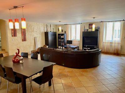 Chatonnay - 8 pièce(s) - 213.84 m2 - 1er étage