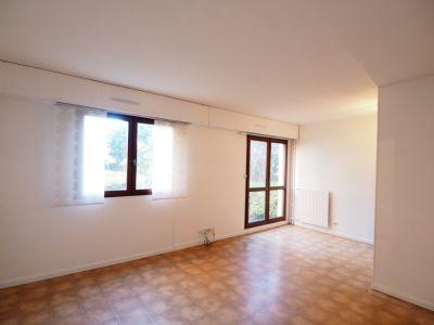 A louer Appartement A Melun 2 pièces avec Place de Parking et Ca