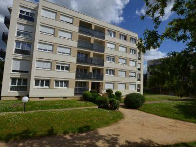 Bois D Arcy - 4 pièce(s) - 105 m2 - 3ème étage
