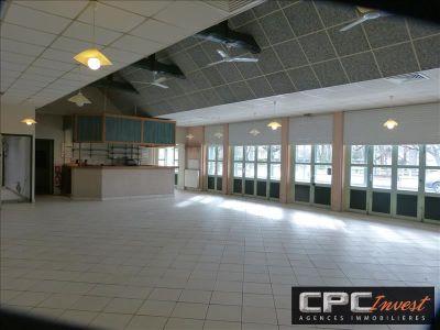 LOCAUX PROFESSIONNELS PARDIES - 225 m2