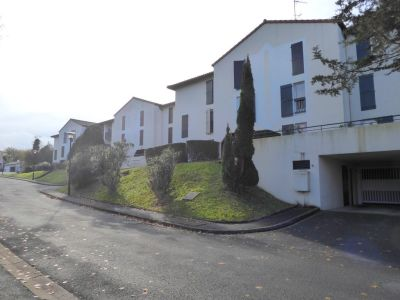SAINT JEAN DE LUZ MOLERESSENIA - APPARTEMENT 2 PIECES AVEC J