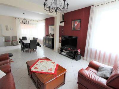 Maison 'style Bourgeoise' / 8 pièces / 209.31 m2