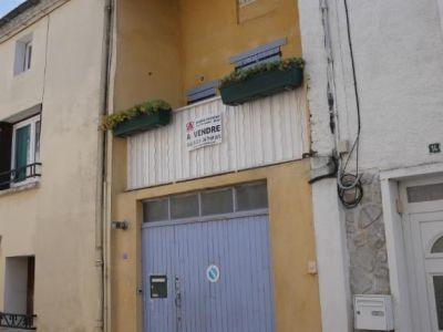Maison T 4 avec garage, cour et balcon