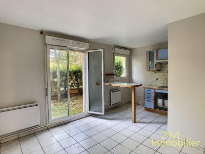 Appartement à louer à Dammarie Les Lys 1 pièce 25.69 m2