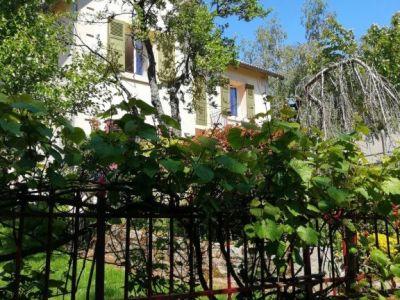 Très jolie maison proche du centre vue dégagée jardin arboré