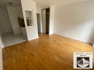 Verrieres Le Buisson - 1 pièce(s) - 23.3 m2 - 1er étage