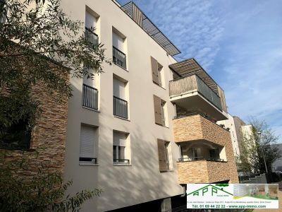 Athis Mons - 3 pièce(s) - 60.7 m2 - 2ème étage