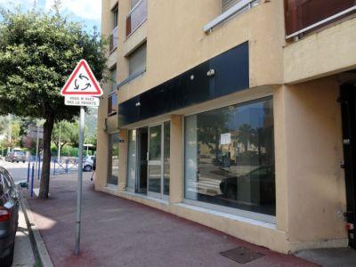 Commerce CAVALAIRE SUR MER - 80 m2