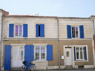 3 appart + grange entre Niort et La Rochelle