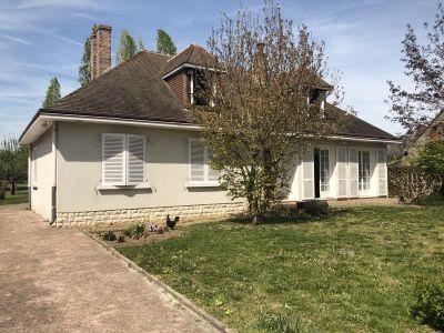 Cour Sur Loire - 5 pièce(s) - 90 m2