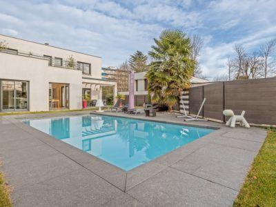 Maison d'architecte avec piscine en hypercentre