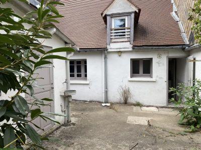 St Fargeau - 3 pièce(s) - 64 m2