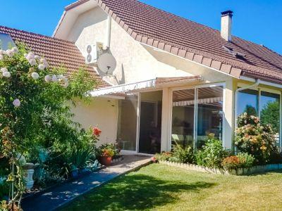 Maison 190 m2  5 chambres garage double