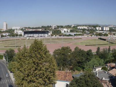 T4. Prox Hippodrome Pont de Vivaux. 68 m2. 118 000 €. A saisir.