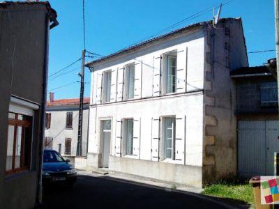 Brives Sur Charente - 4 pièce(s) - 85 m2