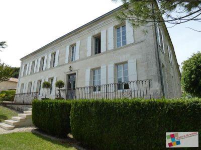 Sud Cognac - 8 pièce(s) - 390 m2