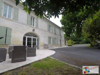 Salles D Angles - 6 pièce(s) - 223 m2