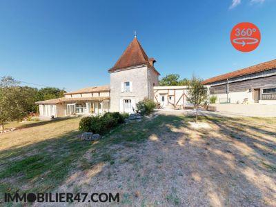 MAISON DE CAMPAGNE LAUGNAC - 7 pièces - 272 m²