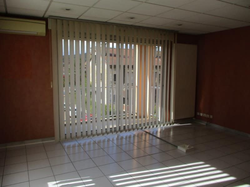 Sale apartment Oyonnax 148000€ - Picture 3