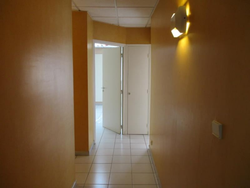 Sale apartment Oyonnax 148000€ - Picture 5