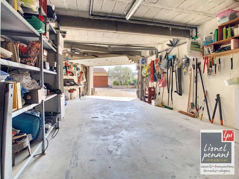 Sale house / villa Villeneuve les avignon 840000€ - Picture 13