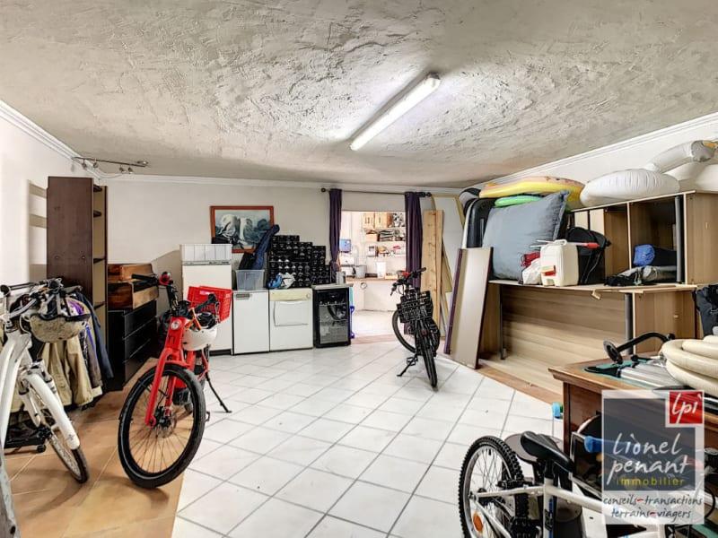 Sale house / villa Villeneuve les avignon 840000€ - Picture 14