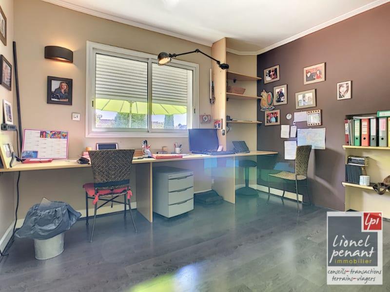 Sale house / villa Villeneuve les avignon 840000€ - Picture 17