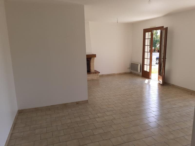 Vente maison / villa Puymoyen 157290€ - Photo 2