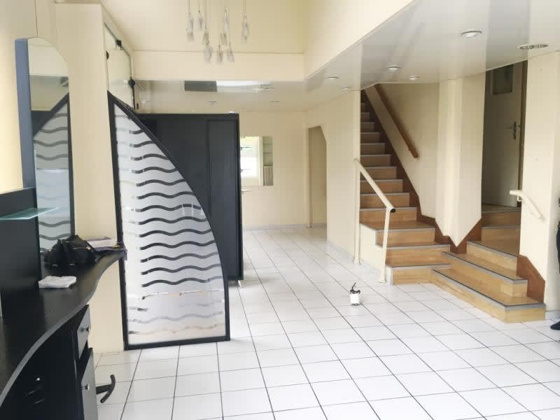 Vente local commercial Fougeres 94320€ - Photo 7