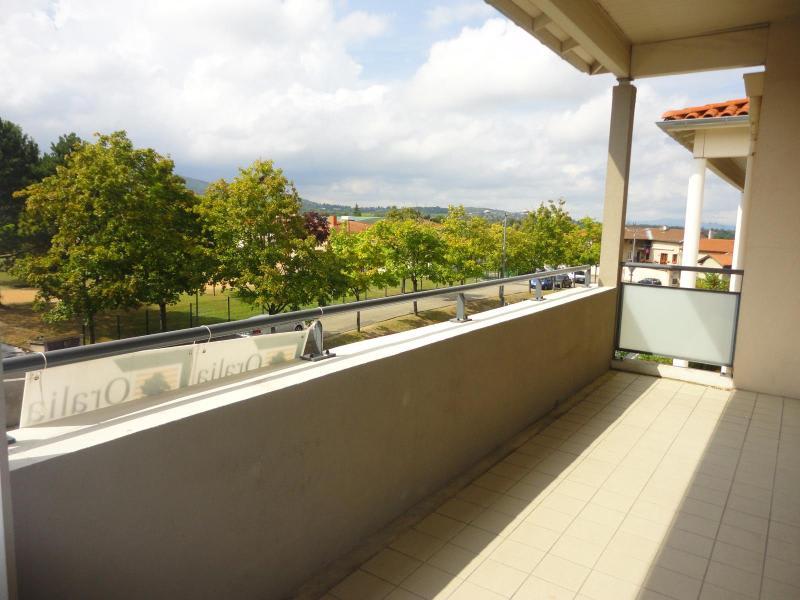 Location appartement Marcy l etoile 801,66€ CC - Photo 1