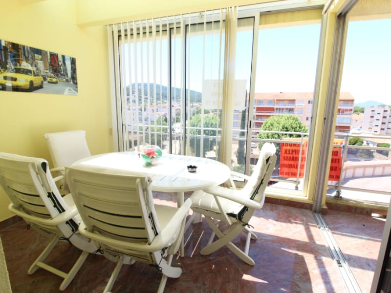 Vente appartement Hyeres 588 000€ - Photo 2