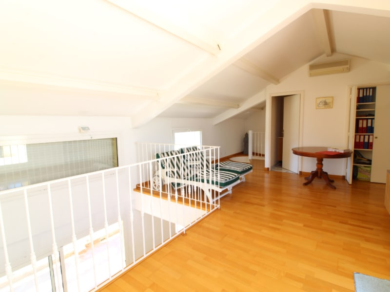 Vente appartement Hyeres 588 000€ - Photo 10