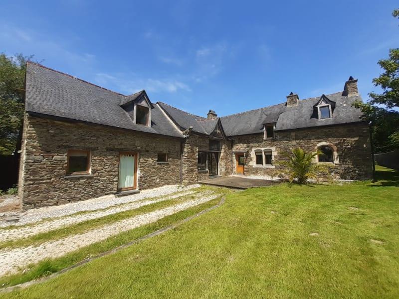 Maison Carhaix Plouguer 8 pièce(s) 234.89 m2