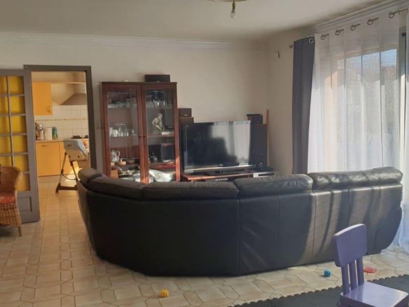Sale house / villa Ergué-gabéric 275600€ - Picture 2