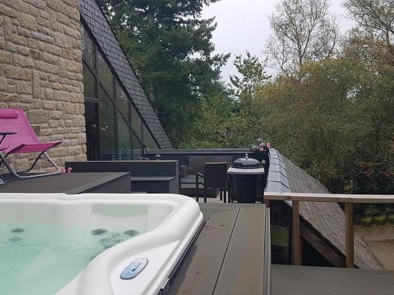 Sale house / villa Gouesnach 382500€ - Picture 1