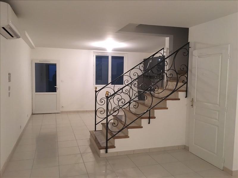 Location maison / villa Pertuis 886€ CC - Photo 1