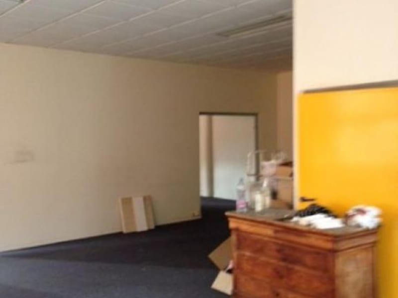 Location local commercial Colombes 1900€ HC - Photo 3