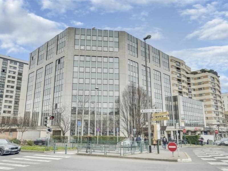 Location local commercial Suresnes 2694,17€ HC - Photo 1