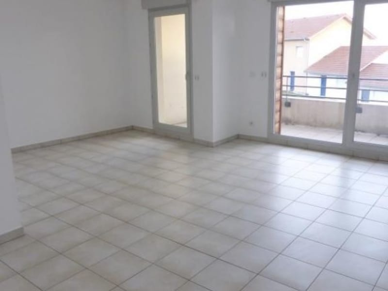 Location appartement Cessy 1431€ CC - Photo 2