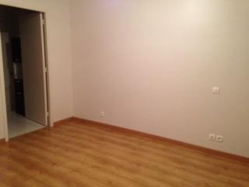 Location appartement Lannilis 380€ CC - Photo 4