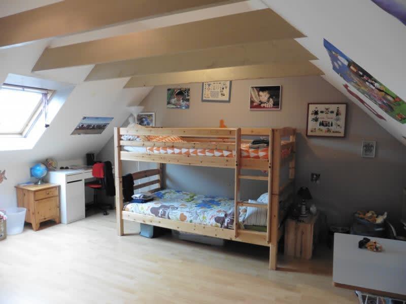 Sale house / villa Lannilis 172000€ - Picture 6