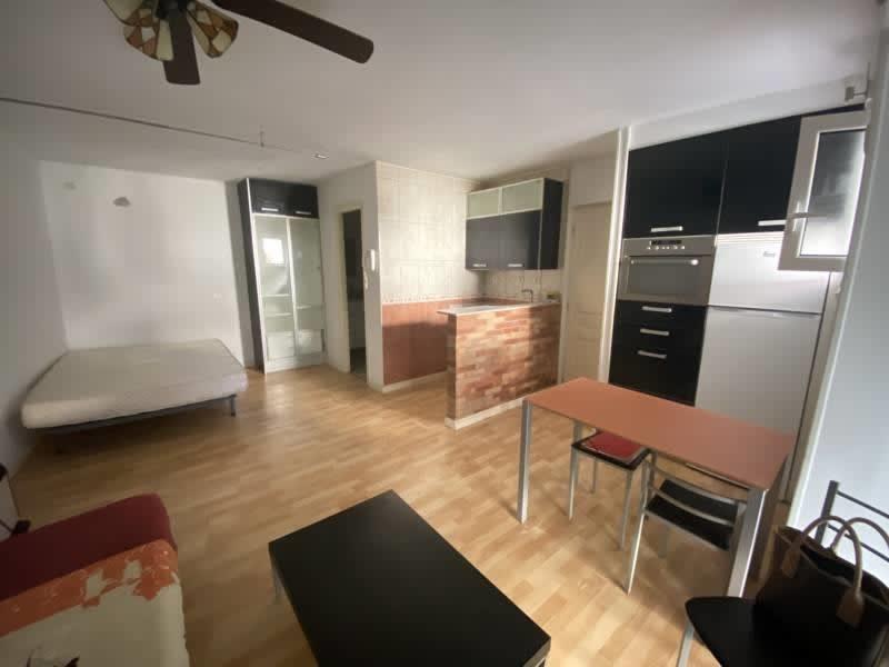 Sale apartment Behobie 76000€ - Picture 2