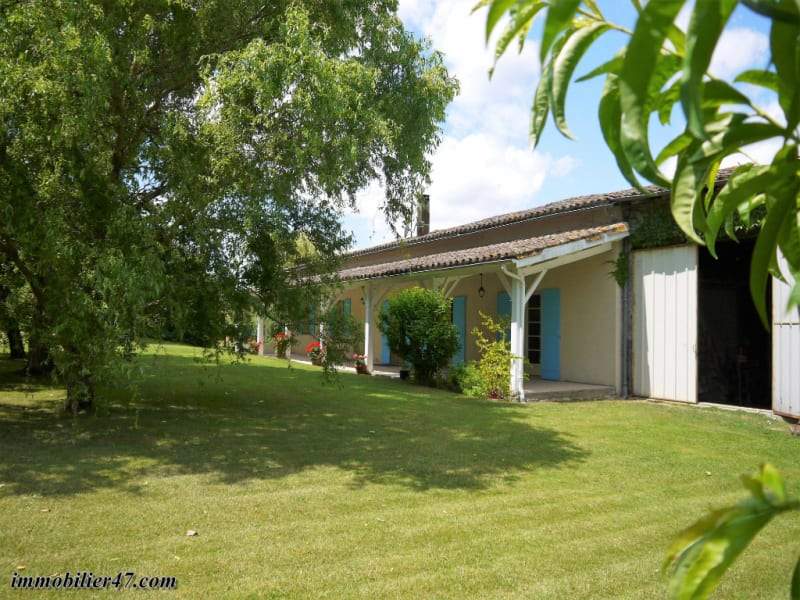 Sale house / villa Tombeboeuf 159 500€ - Picture 1